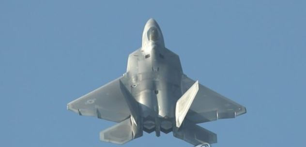 This file photo shows a U.S. F-22 Raptor stealth fighter jet. (Yonhap)