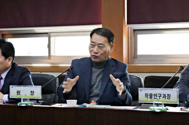 Kim Soon-jae, director-general of the Gyeonggi Province Agricultural Research and Extension Service. (Son Ji-hyoung/The Korea Herald)