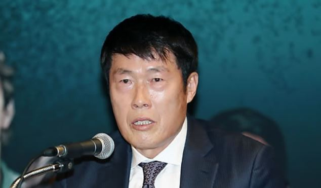 In this file photo taken Nov. 2, 2017, South Korean football legend Cha Bum-kun speaks at a press conference in Seoul. Cha was inducted into South Korea`s Sports Hall of Fame on Nov. 29, 2017. (Yonhap)