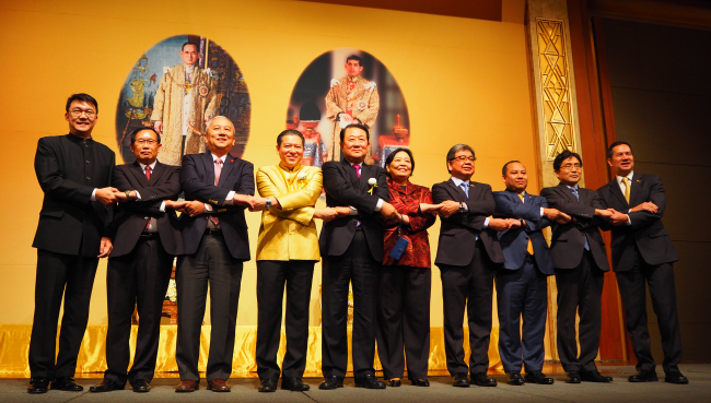 ASEAN ambassadors at the Father's Day reception organized by the Royal Thai Embassy in Seoul on Dec. 1 (Joel Lee/The Korea Herald)
