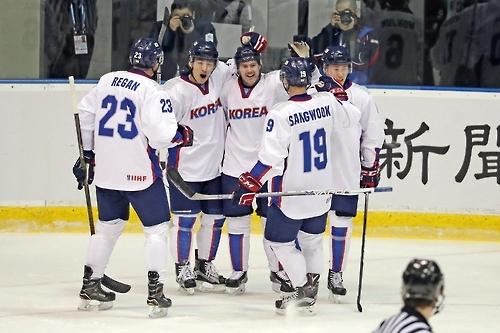 Pyeongchang: Naturalized Hockey Forward Thrives Under Weight Of Expectations