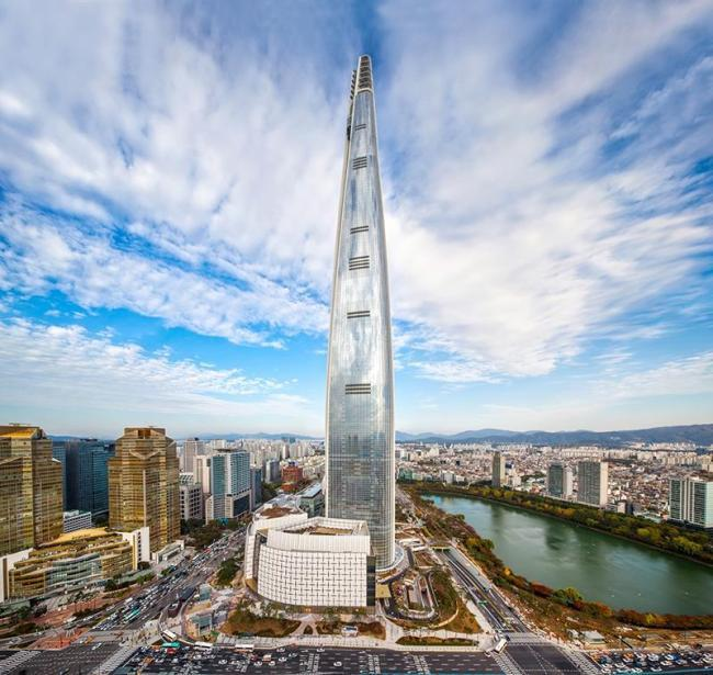 Lotte World Tower in eastern Seoul (Lotte Group)