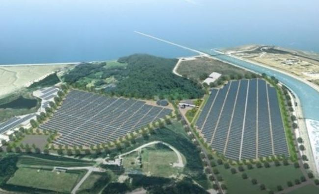 An offshore solar farm is located in Yeonggwang, 322 kilometers south of Seoul, in this photo provided by the state-run Korea Hydro & Nuclear Power Co., on Oct. 3, 2017. (Yonhap)