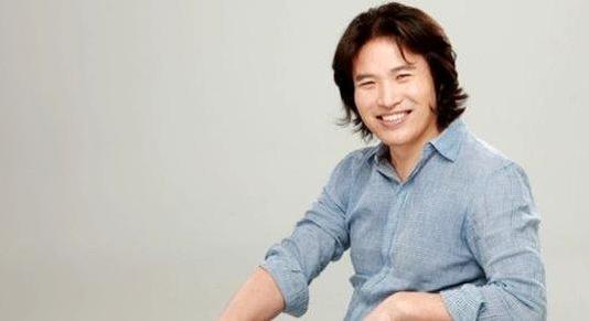 Caption: Rhee In-jong (Samsung Electronics)