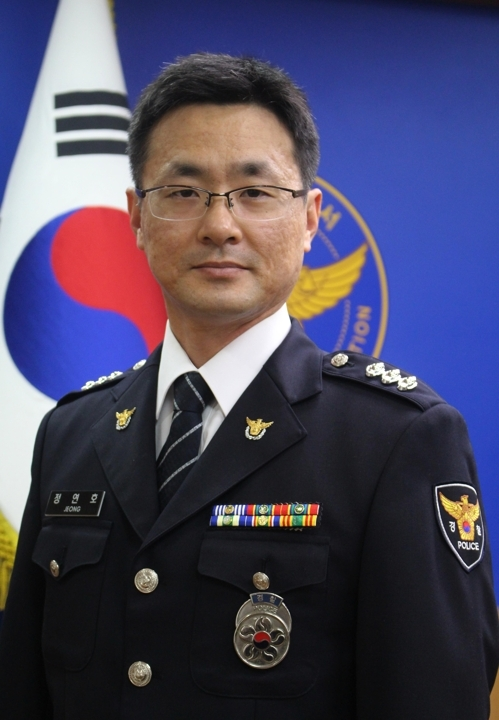 According to Daegu Suseong Police, Jeong Yeon-ho, an 11-year-veteran of the force, died in a fatal accident that occurred at an apartment in Daegu Thursday. (Yonhap)