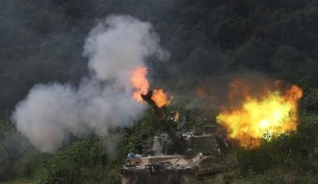 This photo taken on Aug. 18, 2016, shows a K-9 self-propelled howitzers during an exercise in an army unit near the Demiliterized Zone. (Yonhap)