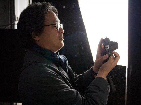 "Park Chan-wook on the set of ""Stoker"" (Fox Searchlight)"