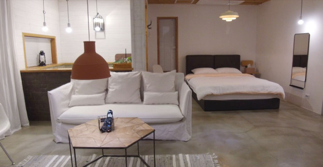 Airbnb host Bang Jin-hee's 'Analog 76' lodging. (Lim Jeong-yeo/The Korea Herald)