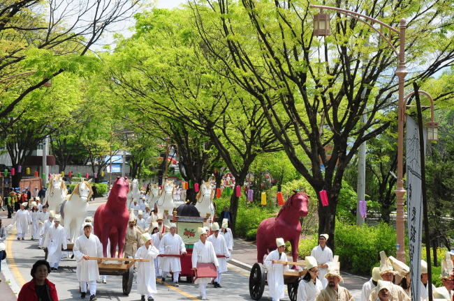 A re-enactment of King Danjong's state funeral and a street parade will take place on Feb. 2 and Feb. 23 near Gangneung Station. (Gangwon Provincial office)
