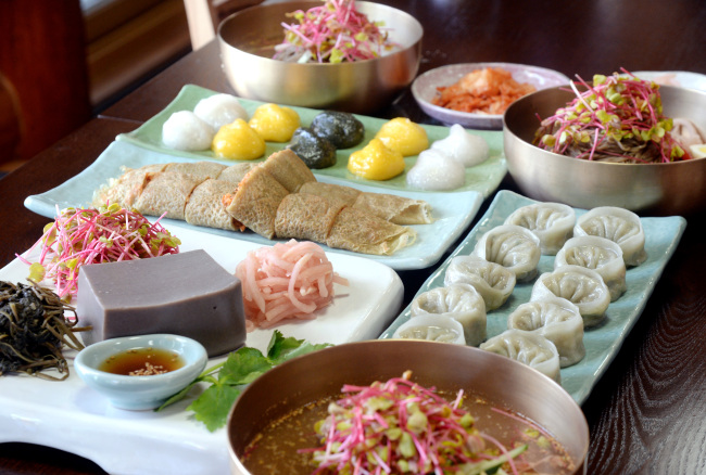 Buckwheat dishes (Park Hyun-koo/The Korea Herald)