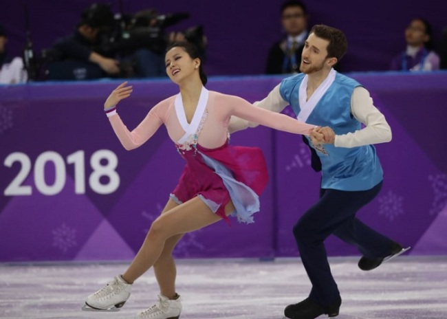 Min Yu-ra and Alexander Gamelin of South Korea compete in the Ice Dance Free Dance (Yonhap)