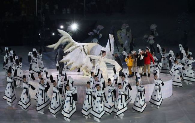 Artists in costumes of the ancient Goguryeo Kingdom designed by Jain Song perform during the Feb. 9 opening ceremony of the PyeongChang 2018 Winter Olympics. Photo: PyeongChang Organizing Committee
