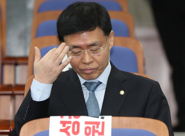 Rep. Choi Gyo-il (above) of Liberty Korea party has been accused of bloking an internal probe into a sexual harassment case involving a female prosecutor and her superior when he was a prosecutor back in 2010.