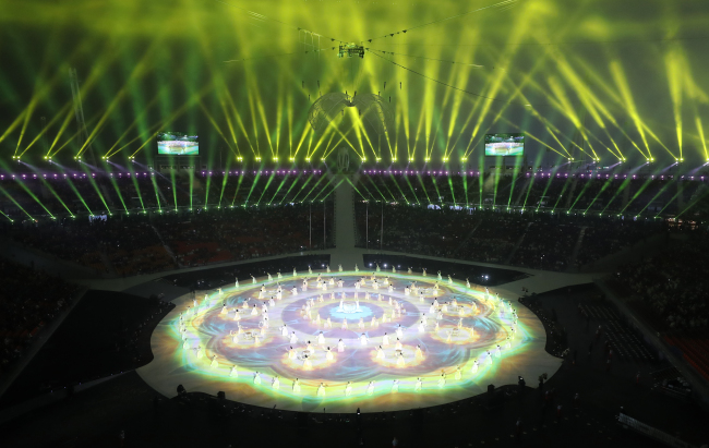 The opening ceremony for the PyeongChang Paralympics is held at PyeongChang Olympic Stadium in Gangwon Province on Friday. (Yonhap)