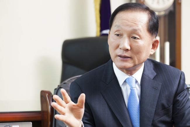 Lee Ki-woo (Korean Council for University College Education)