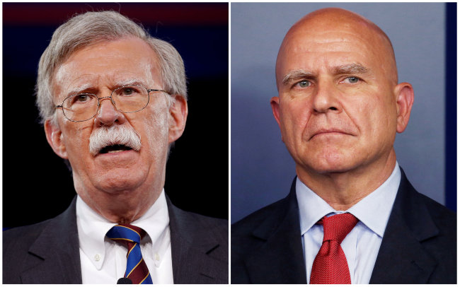 John Bolton(left), US President Donald Trump's new national security adviser, and his predecessor H.R. McMaster. Yonhap
