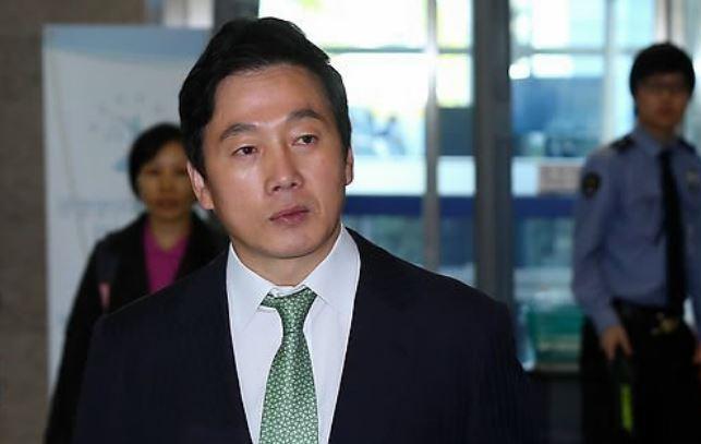 Former lawmaker Chung Bong-ju. Yonhap
