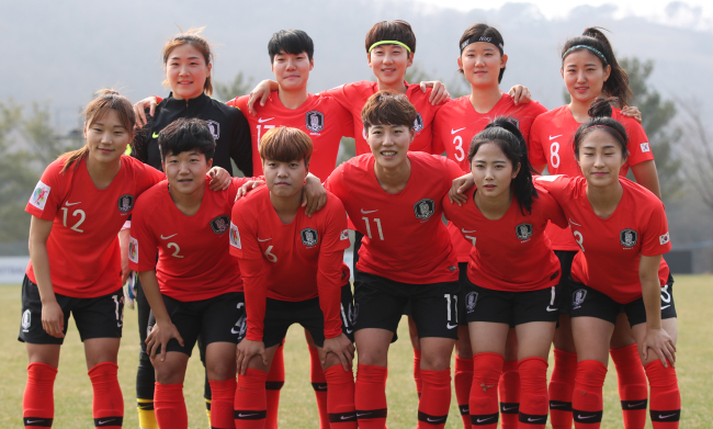 South Korea women`s national football team players pose for a photo at the National Football Center in Paju, north of Seoul, on March 27. (Yonhap)