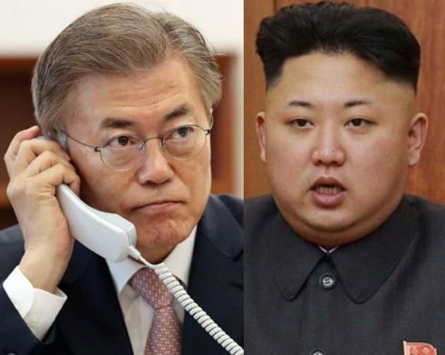 South Korean President Moon Jae-in, left, and North Korean leader Kim Jong-un (Yonhap)