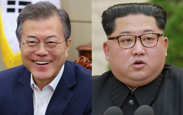 South Korean President Moon Jae-in, left, and North Korean leader Kim Jong-un (Yonhap)