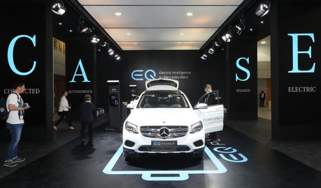 Niro EV Benzs EQ Lineup Unveiled At Jeju EV Expo - Car expo auto center
