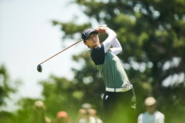 Sung Hyun Park of South Korea plays a tee shot at the third hole during the LPGA Texas Classic on Sunday. (AFP)
