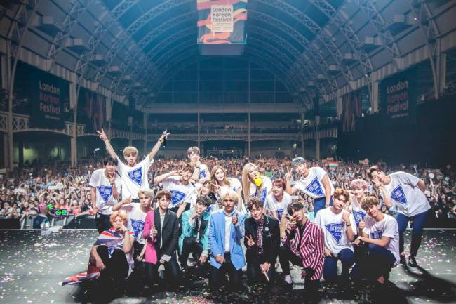 K-pop groups Highlight, EXID, KNK and Snuper pose together at the Feel Korea event during the London Korea Festival in June 2017. Apart from one-off events like this, K-pop shows are thin on the ground in European cities. (Feel Korea)