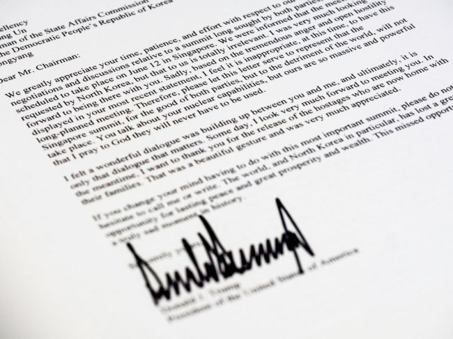 US President Donald Trump`s letter to North Korean leader Kim Jong-un. (AP)
