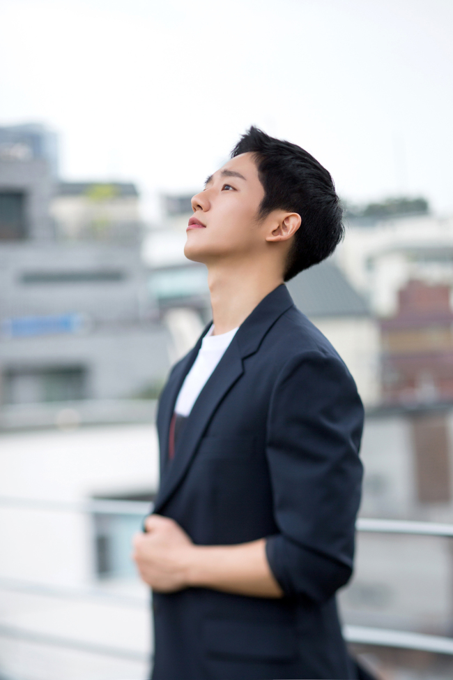 Jung Hae-in (FNC Entertainment)