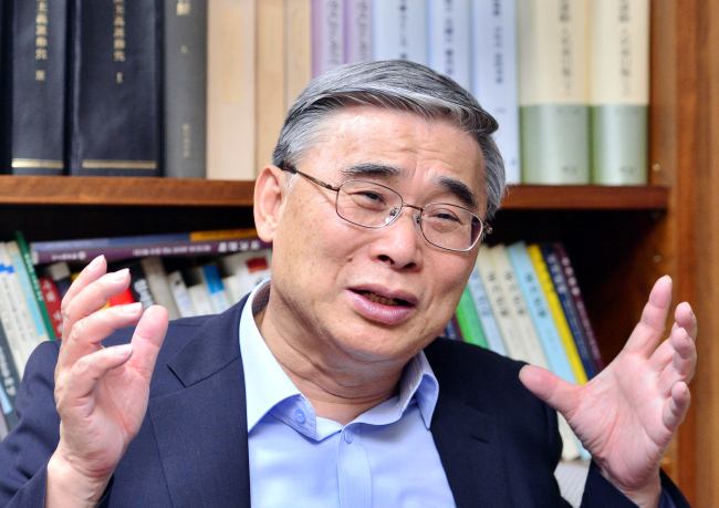 Former Unification Minister Lee Jong-seok Park Hyun-koo/The Korea Herald