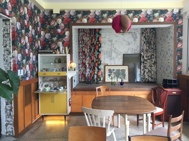 The interior of coffee shop Jahn (Park Ju-young / The Korea Herald)