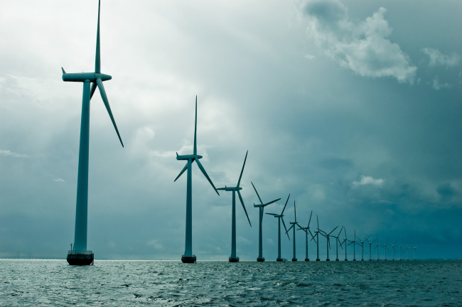 An offshore wind farm in Britain (Shutterstock)