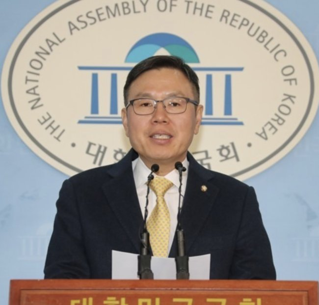 Former spokesman for the major conservative opposition Liberty Korea Party Chung Tae-ok. Yonhap