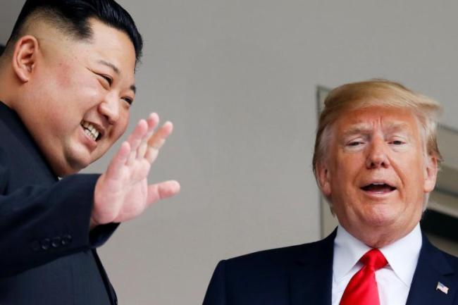 North Korean leader Kim Jong-un, left, and US President Donald Trump. (Yonhap)