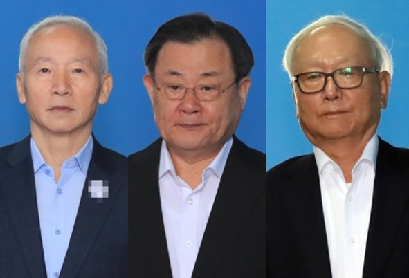Former National Intelligence Service chiefs Nam Jae-joon (left), Lee Byung-kee (center) and Lee Byong-ho (Yonhap)