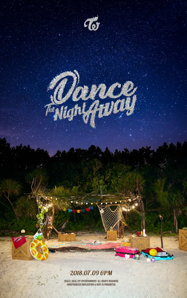 """Teaser for Twice's upcoming single, """"Dance the Night Away"""" (JYP Entertainment)"""