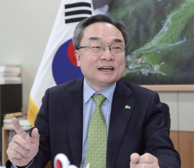 Yoon Young-kyoon, president of the Korea Forest Welfare Institute (Korea Forest Welfare Institute)