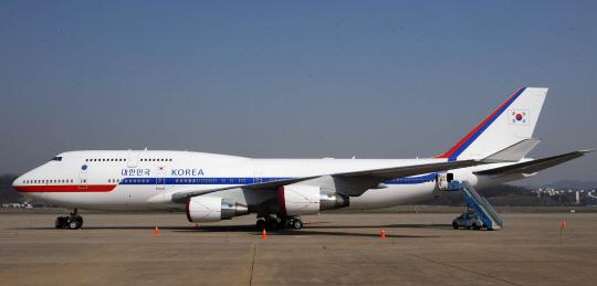 Code One, a Boeing 747-400 plane for South Korean President Moon Jae-in. (Korean Air)