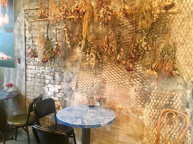 Flower cafe Heima in Yeonhui-dong, western Seoul (Im Eun-byel / The Korea Herald)