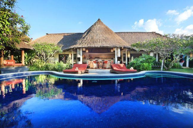 Bali, Indonesia (Tripbtoz)