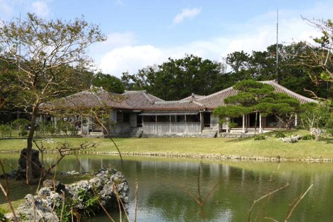 Shikina-en (Okinawa Tourism Board)