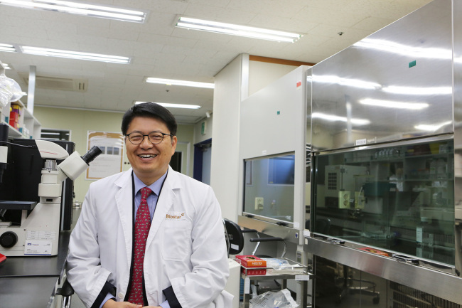 Nature Cell CEO Ra Jeong-chan (Nature Cell)