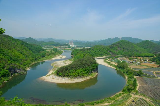 Korean Peninsula Cape (Yeongwol County Office)