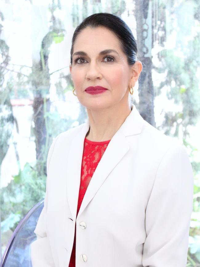 Ecuadorian Minister of Industries and Productivity Eva Garcia Fabre (Dateando)
