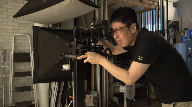 Photographer Ko Suk-min of Fotos Studio in Sinsa-dong, Seoul (Lim Jeong-yeo/The Korea Herald)