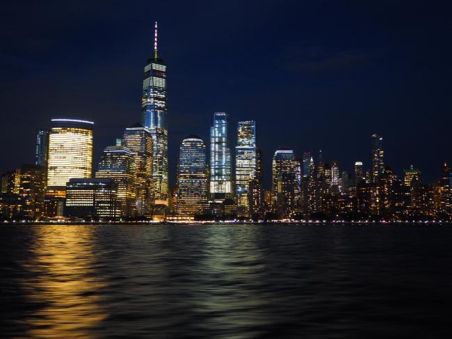 Manhattan from a ferry (Joel Lee/The Korea Herald)
