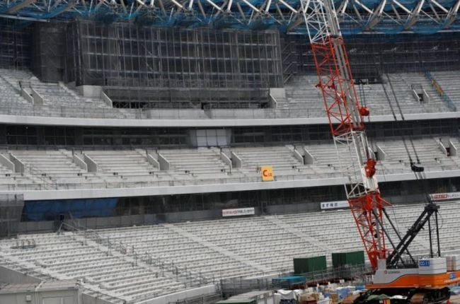 Part of the public seating area and a huge screen are seen at the construction site of the New National Stadium, the main stadium of Tokyo 2020 Olympics and Paralympics, during a media opportunity in Tokyo, Japan July 18, 2018. (Reuters)