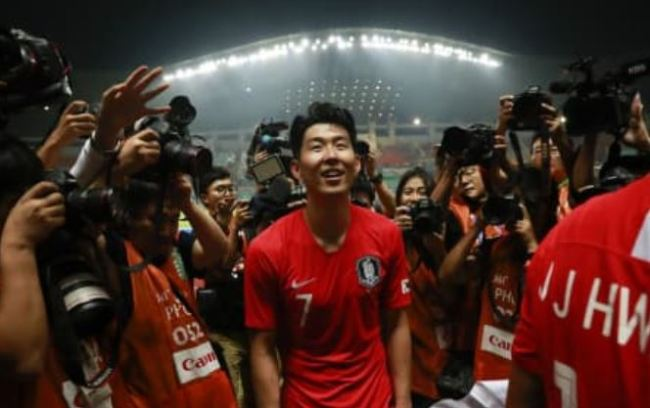 South Korea`s Son Heung-min celebrates after winning Japan during the soccer men`s gold medal match at the 18th Asian Games in Bogor, Indonesia, Saturday, Sept. 1. (AP)