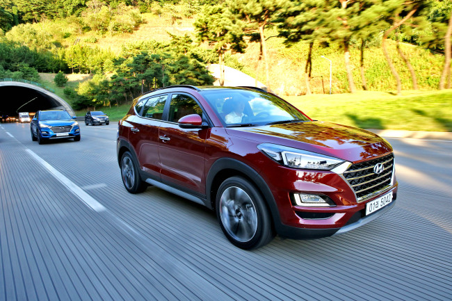 Facelifted Tucson unveiled in Aug seen during a test drive. (Hyundai Motor)
