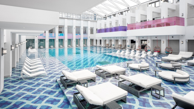 Inside the indoor water pool area Water Plaza at the spa facility Cimer. (Paradise City)